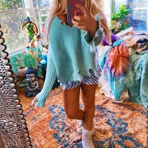 Cozy Mint Distressed Lux V Neck Sweater ✨